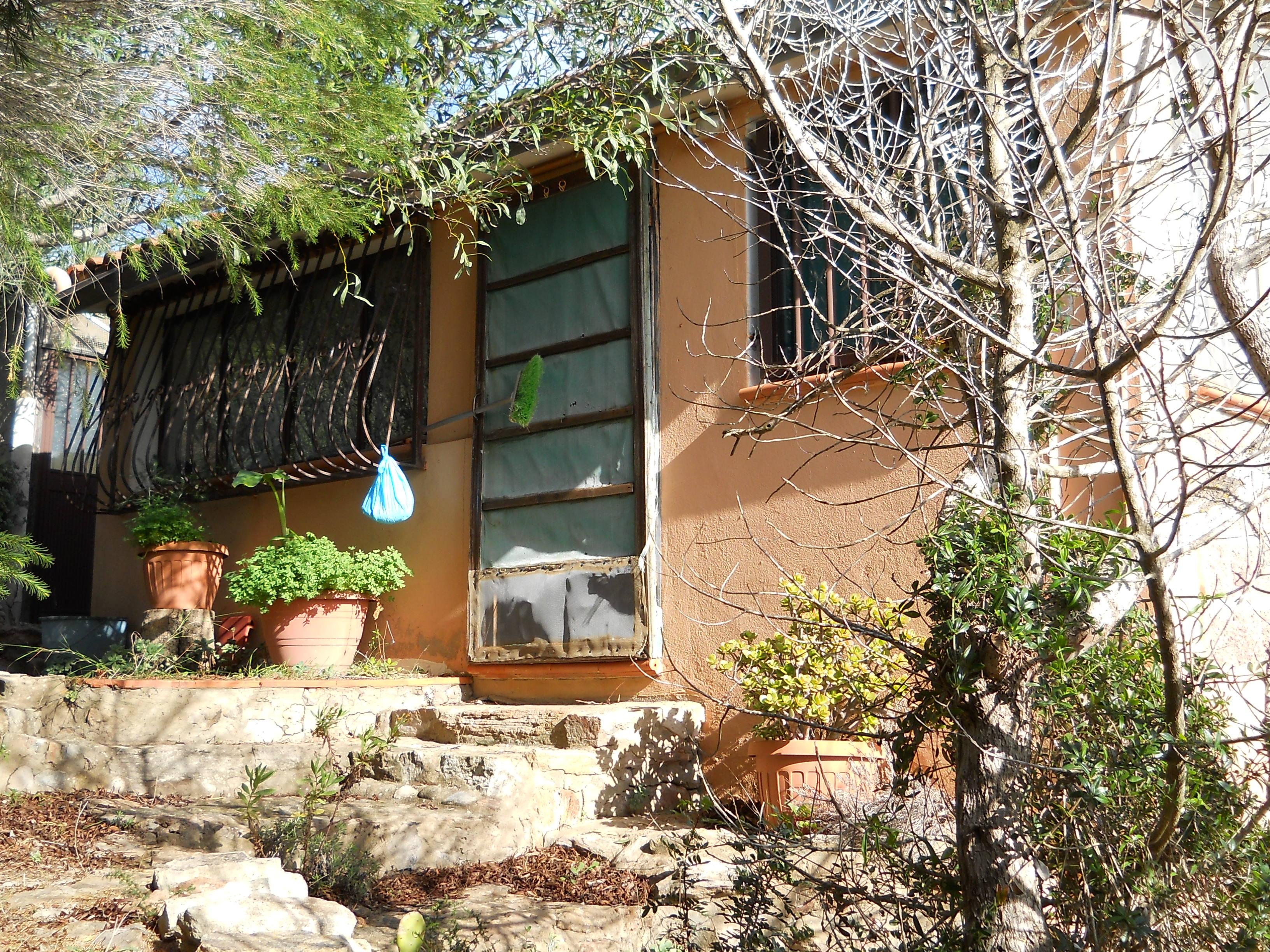 Casa in vendita 150 a sant 39 antioco calasapone a 500 mt for Arredamento agenzia immobiliare