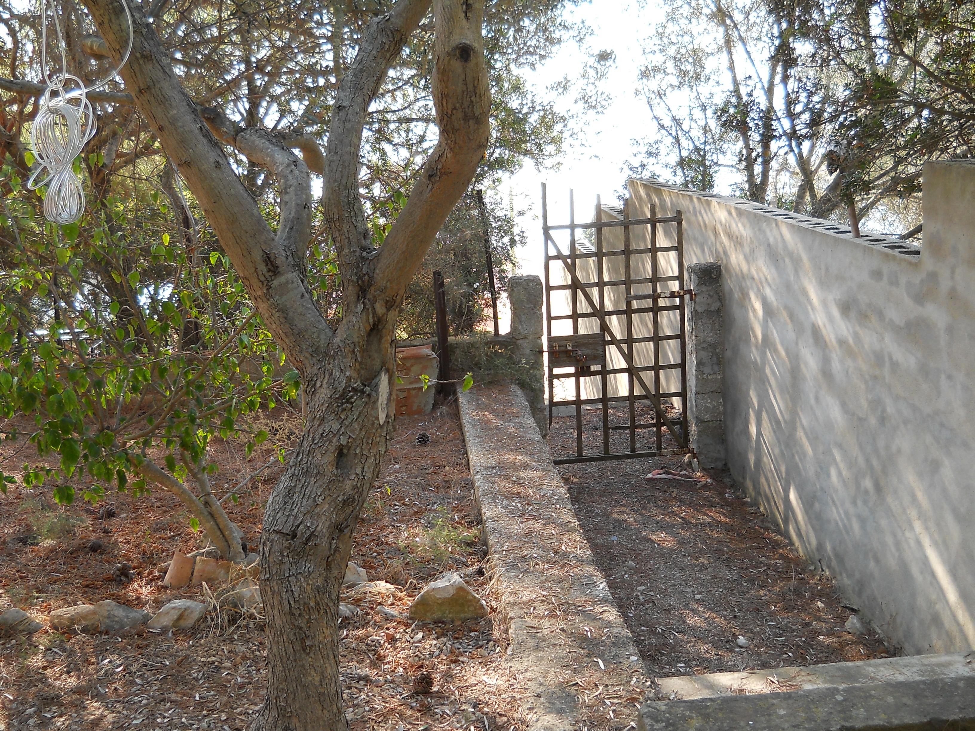 Casa in vendita 86 a sant 39 antioco maladroxia spiaggia a for Arredamento agenzia immobiliare